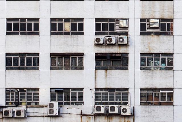 Installer soi-même son climatiseur : Est-ce une bonne idée ?